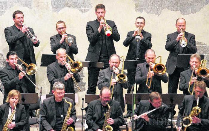 Südkurier Chorus Mundi DTBB Konzert Villingen Franziskaner April 2014